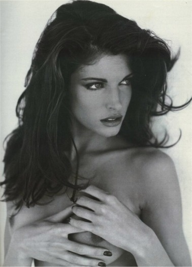 stephanie seymour breasts